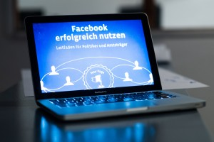 21 Facebook