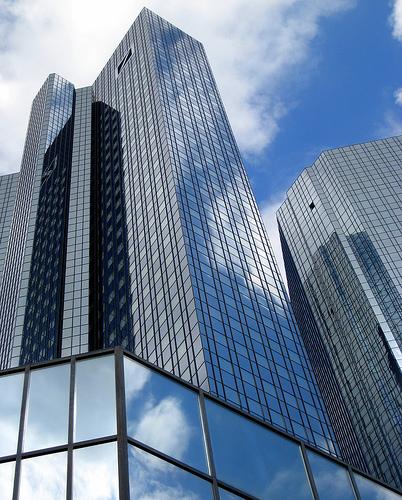 Die Deutsche Bank atmet auf: Ackermann hats gerichtet