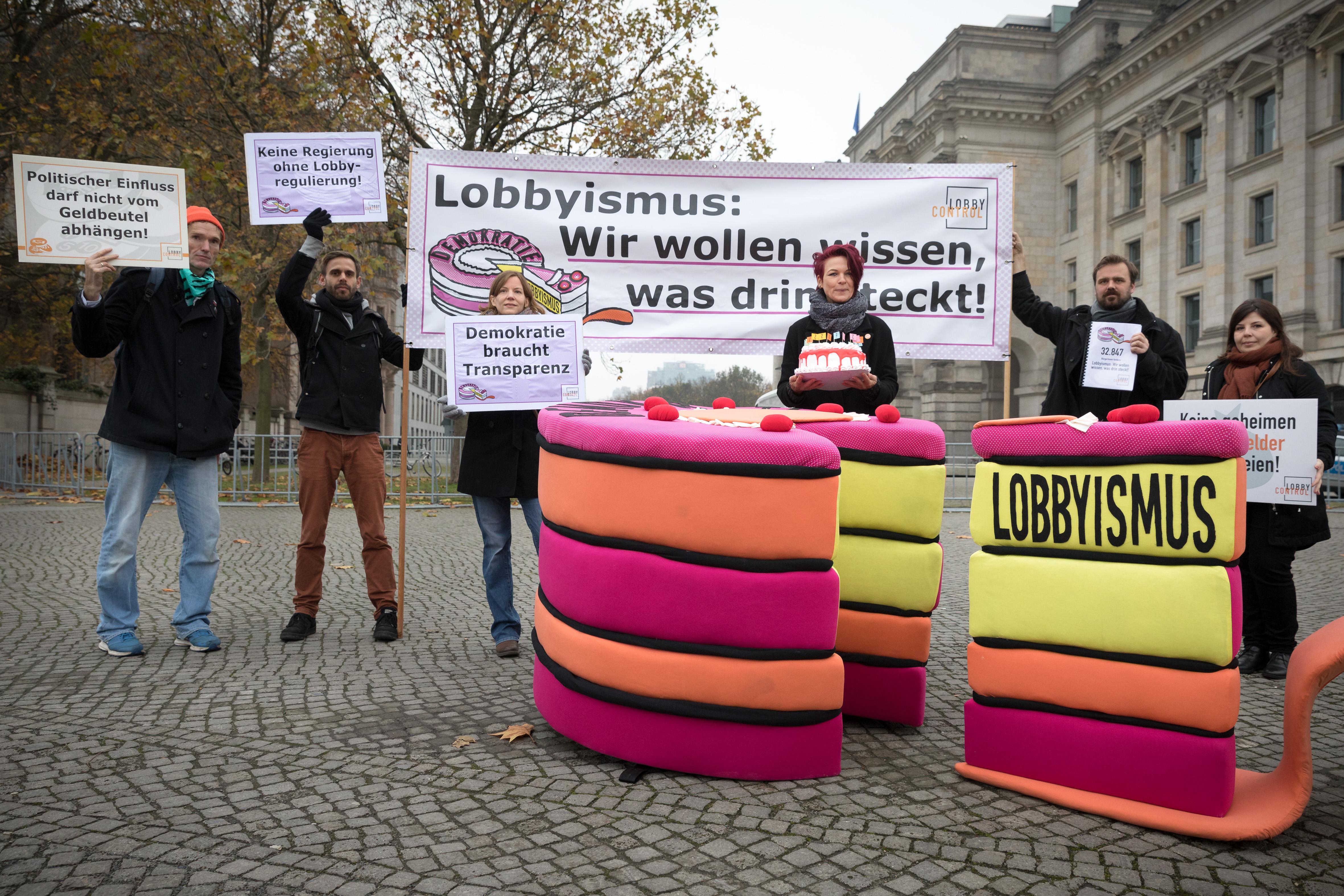 GroKo-Sondierungen: Leerstelle Lobbyismus | LobbyControl