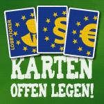 Spielkarten mit EU-Logo und der Forderung: Karten offen legen