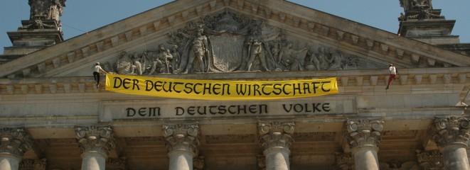Aktion GeldoderLeben am Bundestag