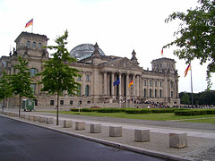 Bundestag2_73286199_89cf7238d4_240x180m