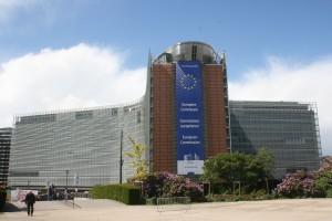 Das Bild zeigt das Berlaymont Gebäude der EU-Kommission.