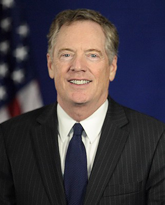 "Robert Lighthizer ist von Donald Trump als künftiger US-Handelsbeauftragter nominiert. <strong>Bildquelle:</strong> <a href=""https://greatagain.gov/ustr-dcf9bf87f3bd#.vihcnefsh"">Office of the President-elect</a>; Foto: Portrait of Robert Lighthizer, President-elect Donald Trump's choice for U.S. Trade Representative; Lizenz: <a href=""https://creativecommons.org/licenses/by/4.0/deed.en"">CC BY 4.0</a>."