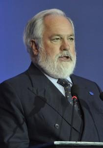 Das Bild zeigt den ehemaligen Ölindustriellen und jetzigen Klimakommissar Miguel Arias Canete.