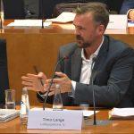 Timo Lange bei der Anhörung zum Lobbyregister