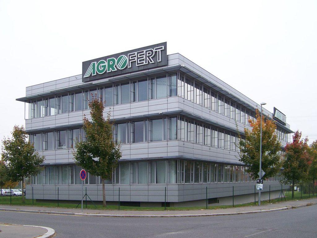 Die Zentrale von Babis Unternehmen Agrofert in Prag. Bild: Headquarters of Agrofert in Chodov, Prague; CC BY-SA 3.0.