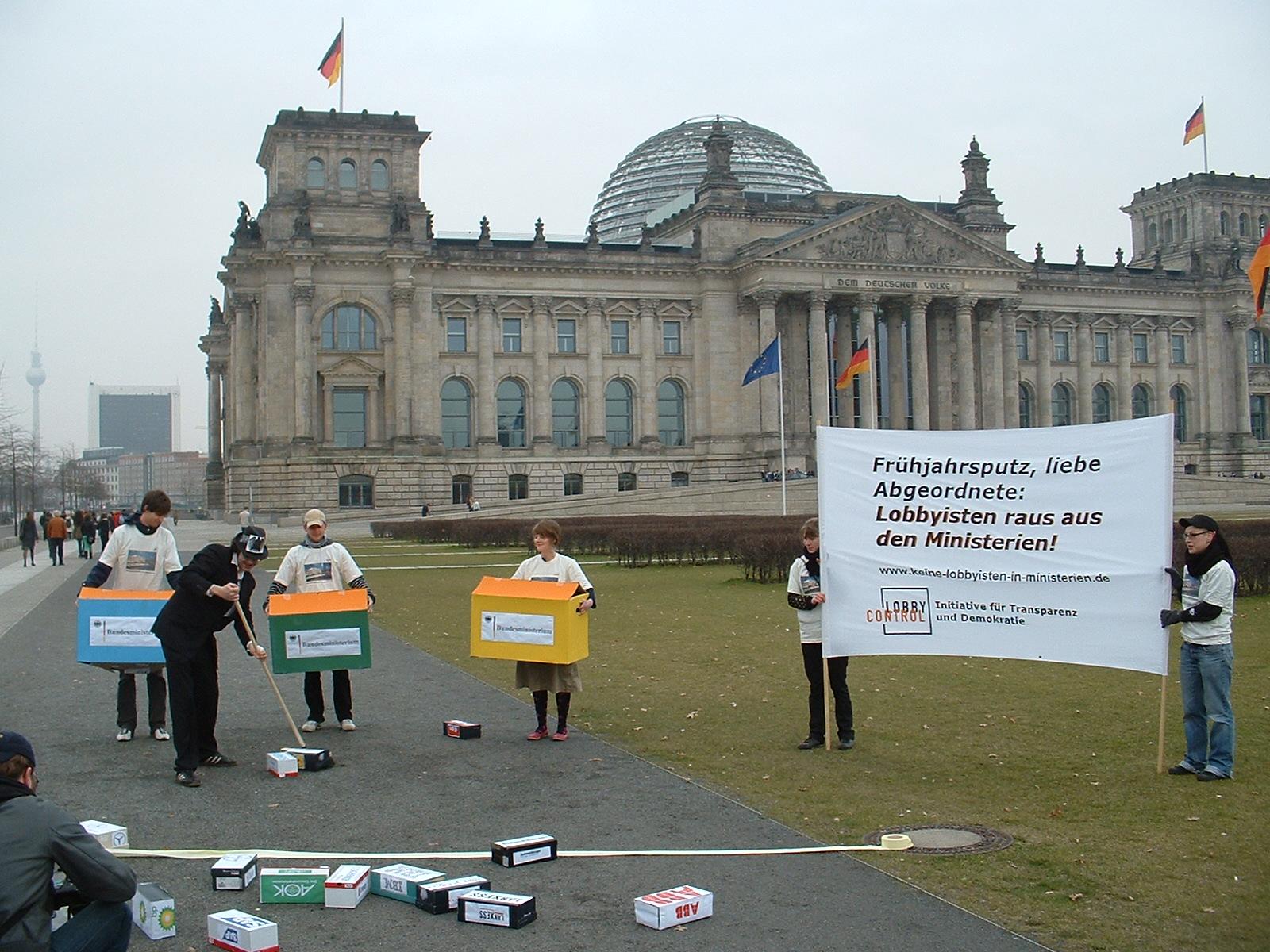 Aktion Frühjahrsputz gegen Lobbyisten in Ministerien 2008
