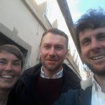 Pia Eberhardt (Corporate Europe Observatory), Stuart Trew (CCPA) und Max Bank (LobbyControl) auf dem Weg zum Vortrag in der slowenischen Hauptstadt Ljubljana.
