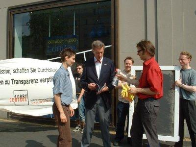 Foto von der Aktion Durchblick am 22. Juni 2006
